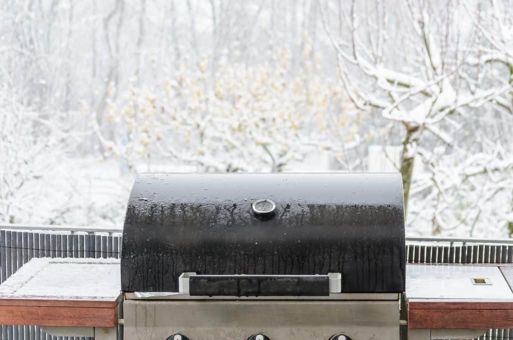 Gas-Grill-Smoking-In-The-Cold